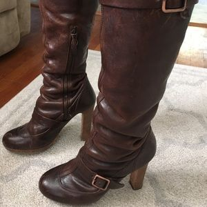 Italian collection Ugg leather boots